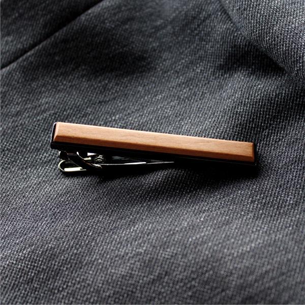 ■「TIE PINS」本物の木を組み合わせたおしゃれな木製ネクタイピン