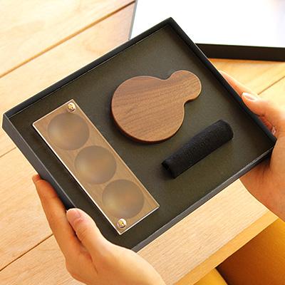 【ギフトセット】「Gift Box Jewelry Case & Hand Mirror」母の日・結婚記念日へのプレゼントに、木製ジュエリーケースと手鏡のギフトボックス