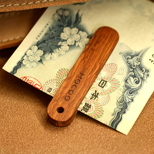 「Money Clip」シンプルに手早くお札が挟める木製マネークリップ/北欧風デザイン