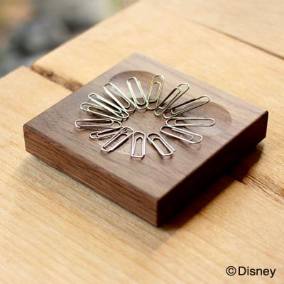 【Disney】「ClipCatch Disney」ミッキーの形をしたくぼみがクリップをキャッチする木製クリップキャッチ・ホルダー