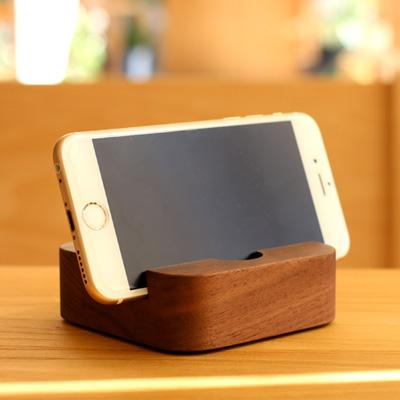 「BLOCK SmartphoneStand」様々なスマホやタブレットに対応。木製スマートフォンスタンド/Hacoaブランド