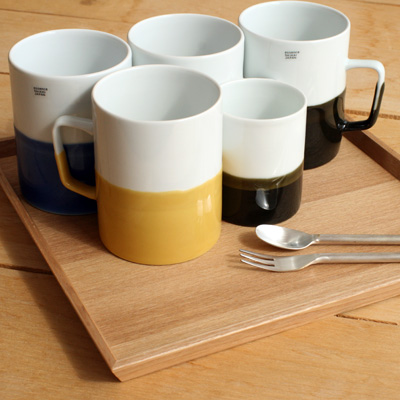 「3colors tray スクエアタイプ」積み重ねできる木製トレイ・お盆