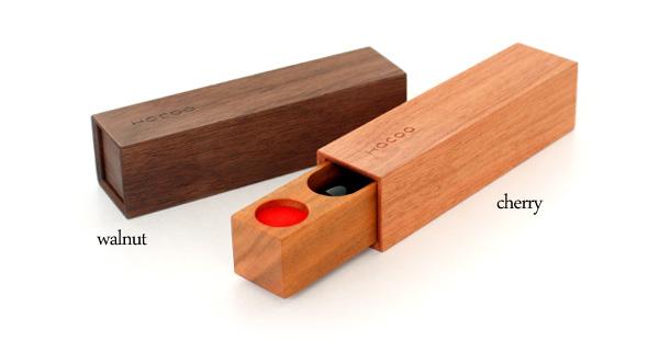 「SealCase<チェリー・ウォールナット>」動きが心地いい木製印鑑ケース