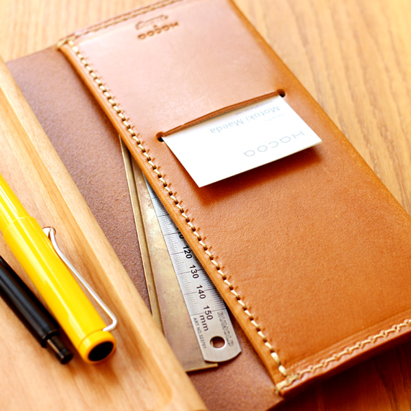 【Hacoa×HERZ】「BOOK PENCASE Mサイズ」木と革の職人が作る、本の形をしたペンケース・筆箱/北欧風デザイン