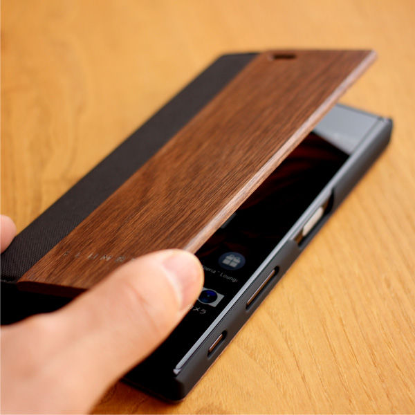 【生産終了】【XZ/XZs】木目の美しさを活かした手帳型スマートフォンケース「Xperia XZ/XZs FLIPCASE」SO-01J/SO-03J/SOV34/SOV35