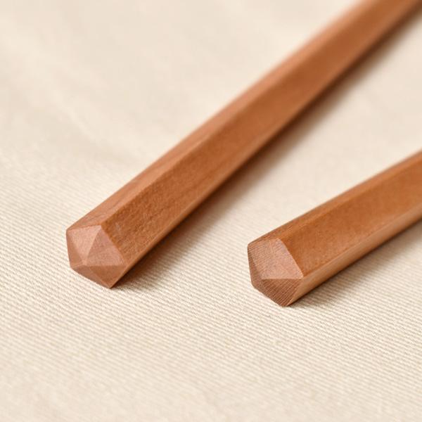 【名入れ込】「夫婦箸」銘木から削り出された五角箸のペアセット。女性用・男性用 / 結婚祝い・内祝い