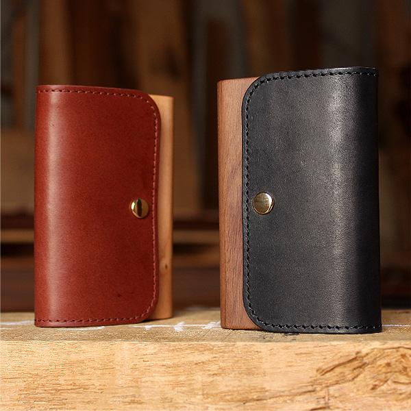 「Flap Card Case」使うほどに愛着増す木と革の名刺入れ/北欧風デザイン・メンズ・レディース