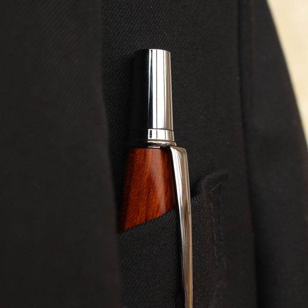 ■【プレミアム】「TRIANGLE BODY BALLPOINT PEN(黒檀)」銘木をプラスした三角型ボールペン【名入れ可能】