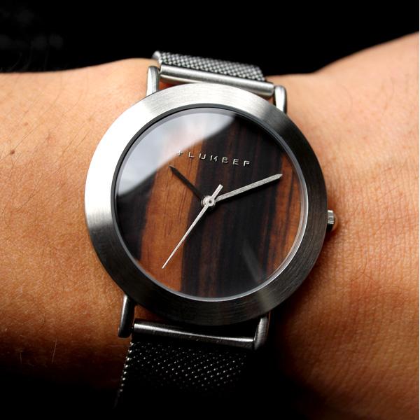 ■「WATCH 3300(シリコンベルト)」文字盤に本木目を使用したおしゃれな木製腕時計/メンズ/レディース