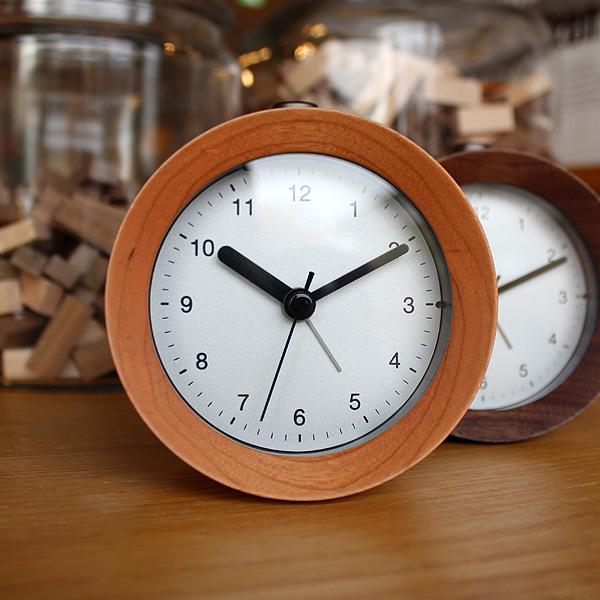 ■「ANALOG ALARM CLOCK NIGHT LIGHT」アラーム付き木製置時計