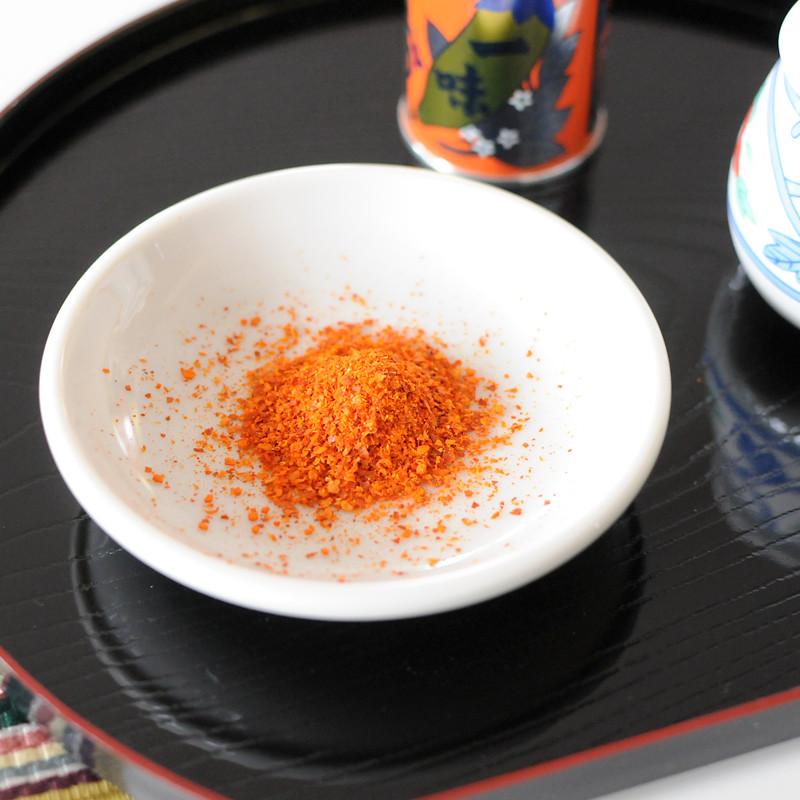 【八幡屋礒五郎】一味唐辛子 缶入り 12g (10缶)