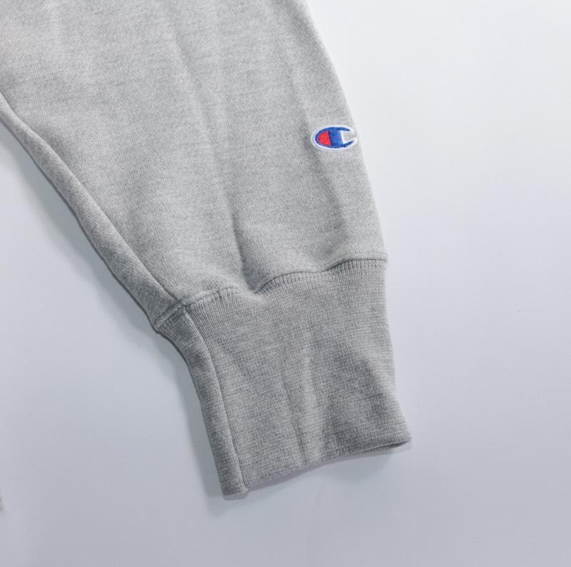 Champion USA / Reverse Weave / Crew-Neck Sweat