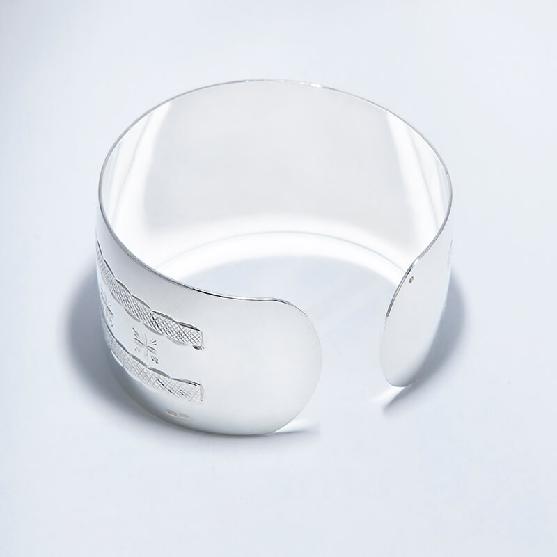 KUBACHI Jewelry / Silver Bangle / 本体価格105,000円→73,500円(30%Off)