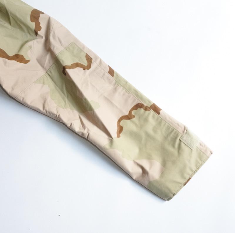 US Military / Deadstock / ECWCS Gore Tex Parka / Dessert Camo / Generation 1前期モデル