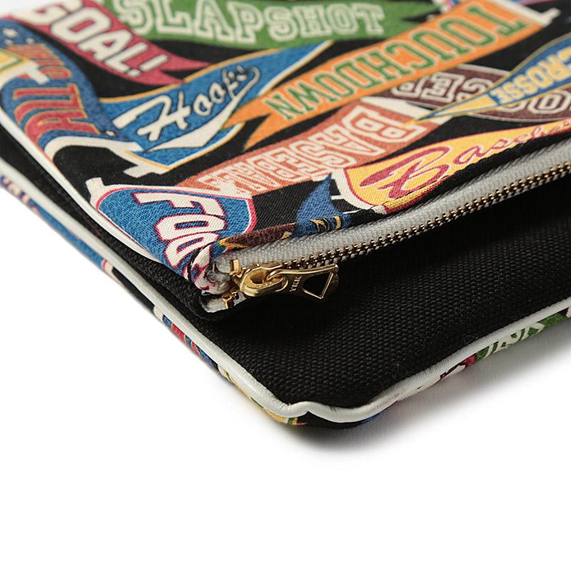 No.4 / Pennant Clutch Bag