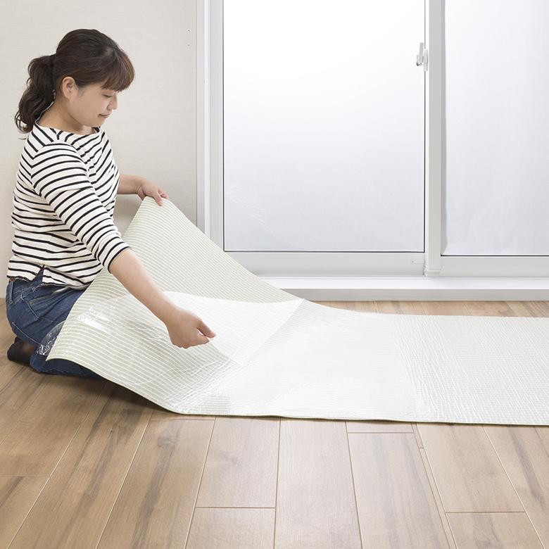 ペットマット おくだけ吸着 ペット用 撥水 滑り防止 ロング タイルマット 滑らない 犬用マット 60x240cm 厚み約4mm 滑り防止 床暖房対応 ズレない 日本製
