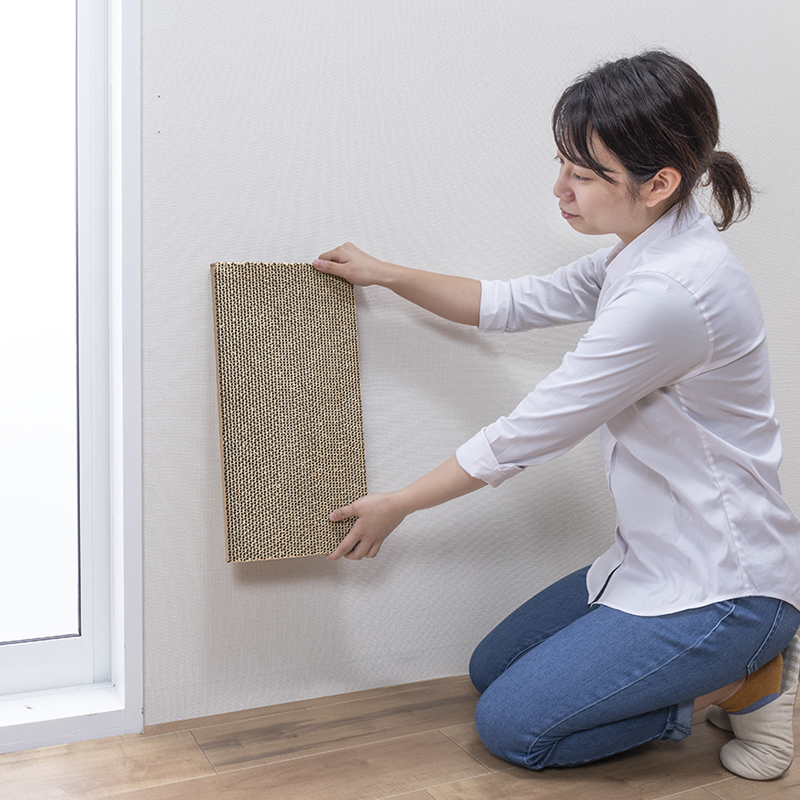 猫 つめとぎ 45x22cm 吸着 貼ってはがせる 壁を傷つけない 爪とぎ 繰り返し使用 ノリ跡が残らない 猫の好きな場所に設置  日本製 送料無料