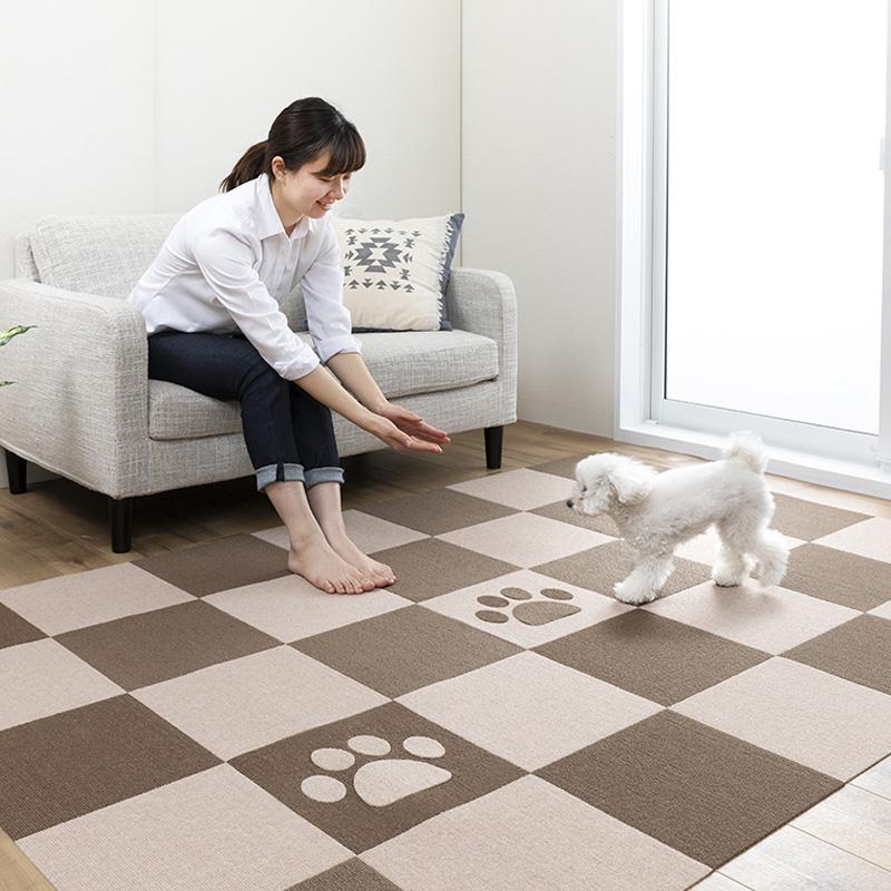 ペットマット 足型入 72枚 4畳 30x30cm 厚み約4mm おくだけ吸着 滑り防止 タイルマット撥水 床暖房対応 犬 滑り止め 日本製 送料無料