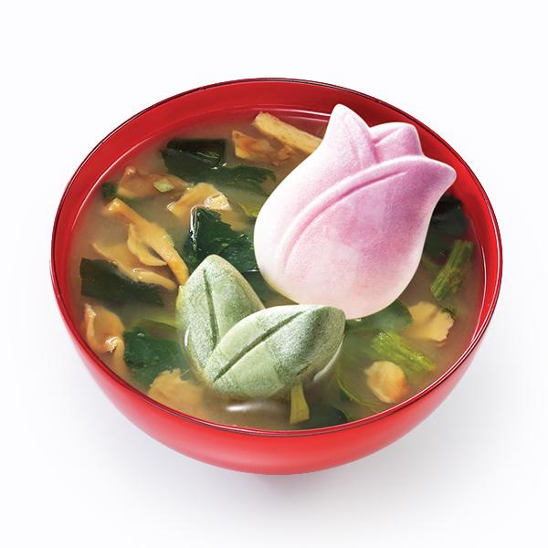 味噌汁:舞茸とほうれん草