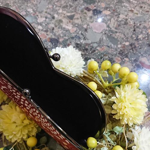 大輪の菊をあしらった趣のある、がま口メガネケース/日本製/メガネ入れ・小物入れ・お薬入れ