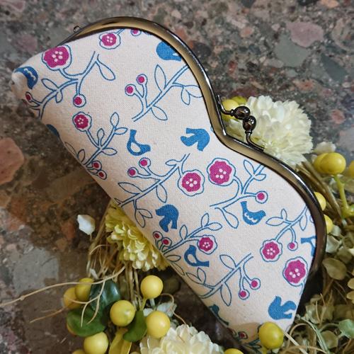 帆布(はんぷ)のがま口メガネケース(青い鳥と植物)日本製/メガネ入れ・小物入れ・お薬入れ