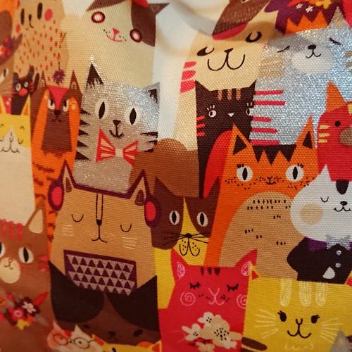 【送料無料】2wayトートバッグ/サブバッグ【たくさんのネコ柄01 茶・オレンジ系】Msize