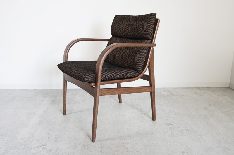 L-chair アームチェア 91,300円~143,000円(税込)