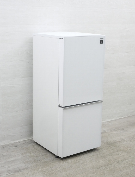 シャープ製/2017年式/137L/冷蔵冷凍庫/SJ-GD14C-W●