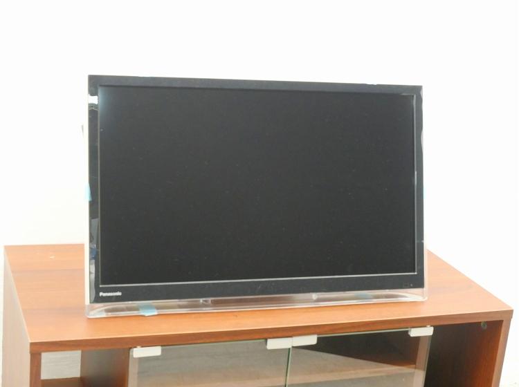 Panasonic製/2017年式/24型/地上・BS・110度CSデジタル液晶テレビ/UN-24F7D