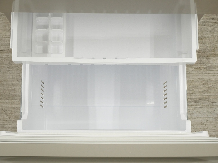 日立製3ドア/2019年式/265L/ノンフロン冷蔵冷凍庫/R-27KV(T)●◆
