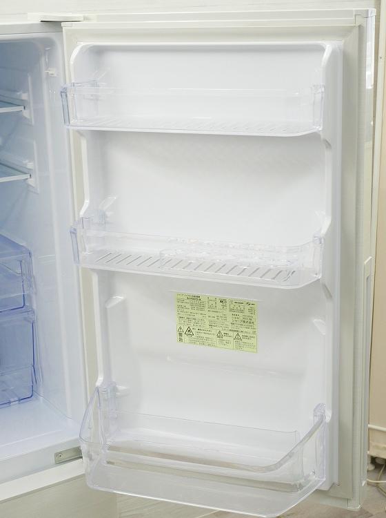 シャープ製/2018年式/271L/ノンフロン冷蔵冷凍庫/SJ-PD27D-W●