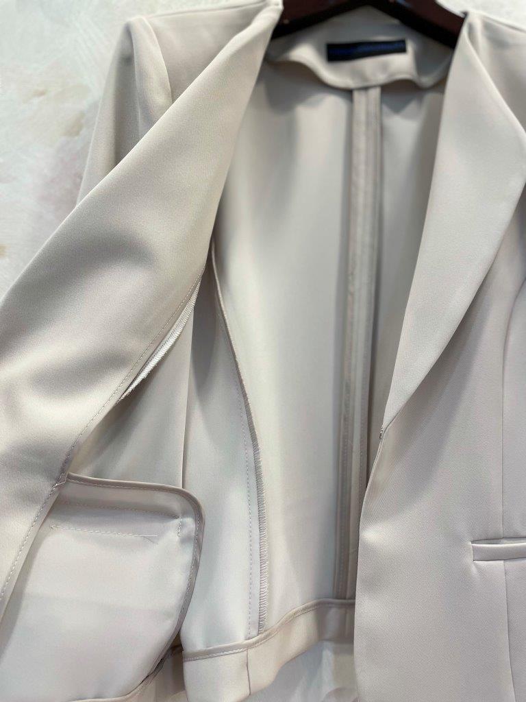 トライアングルカラーショートジャケット