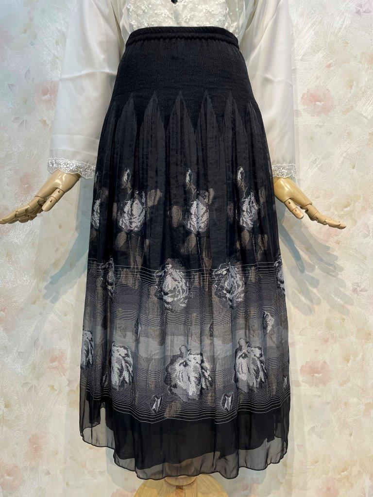 フラワージャガード&チェッカー柄 リバーシブル パネルスカート