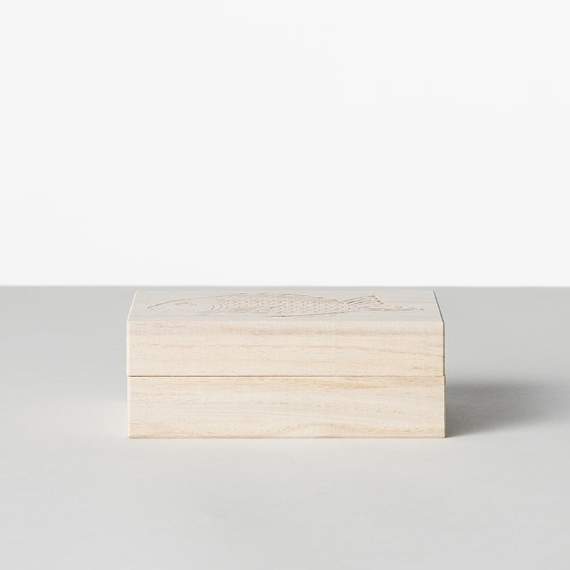 縁起物 祝い鯛小皿 1〜3枚入り桐箱