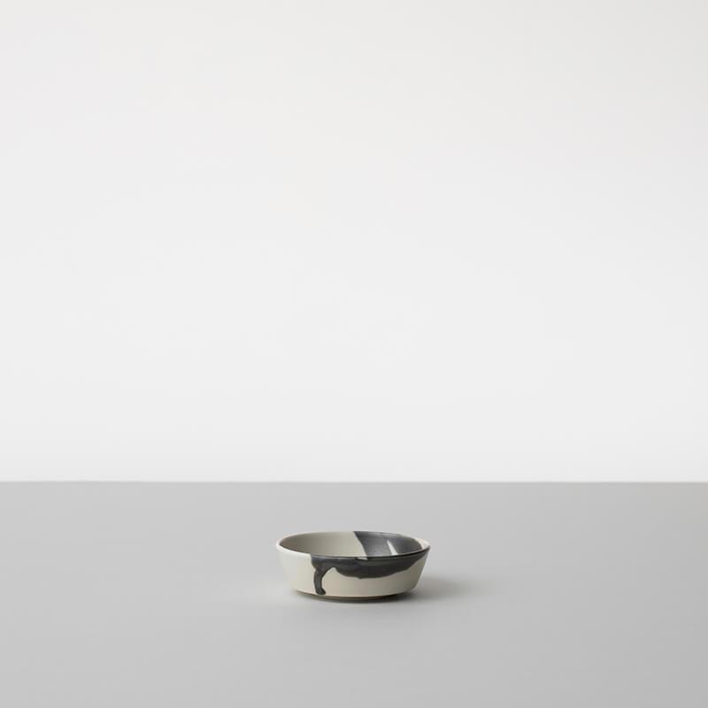 白磁杓掛け 平鉢 小