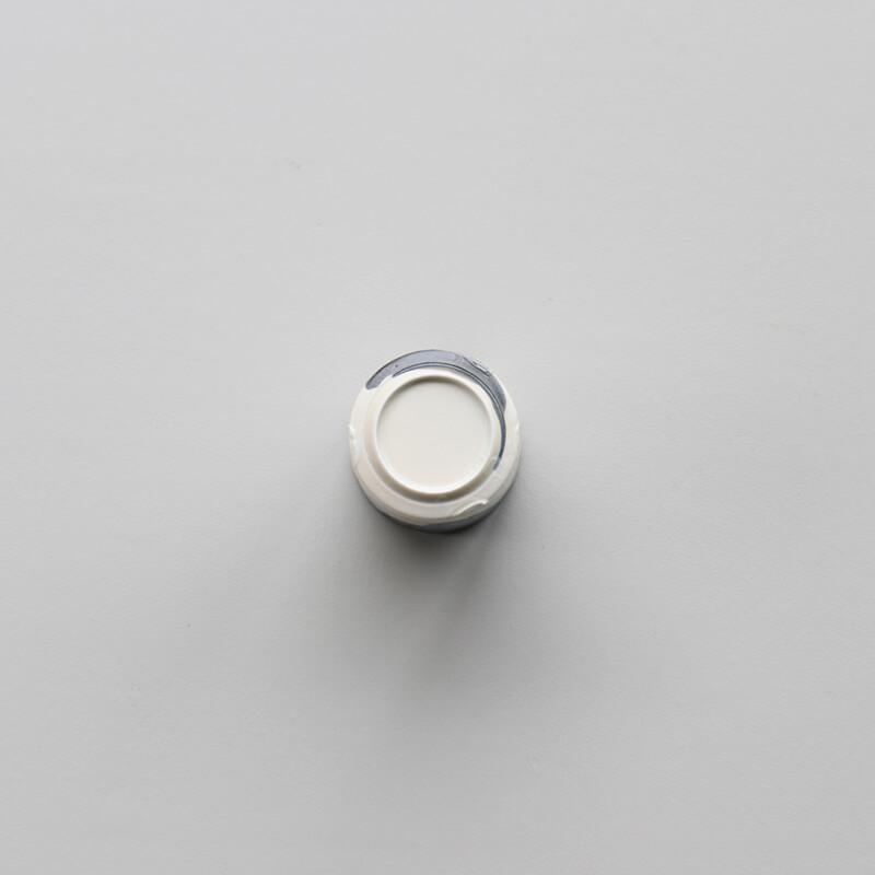 白磁杓掛け 筒湯呑