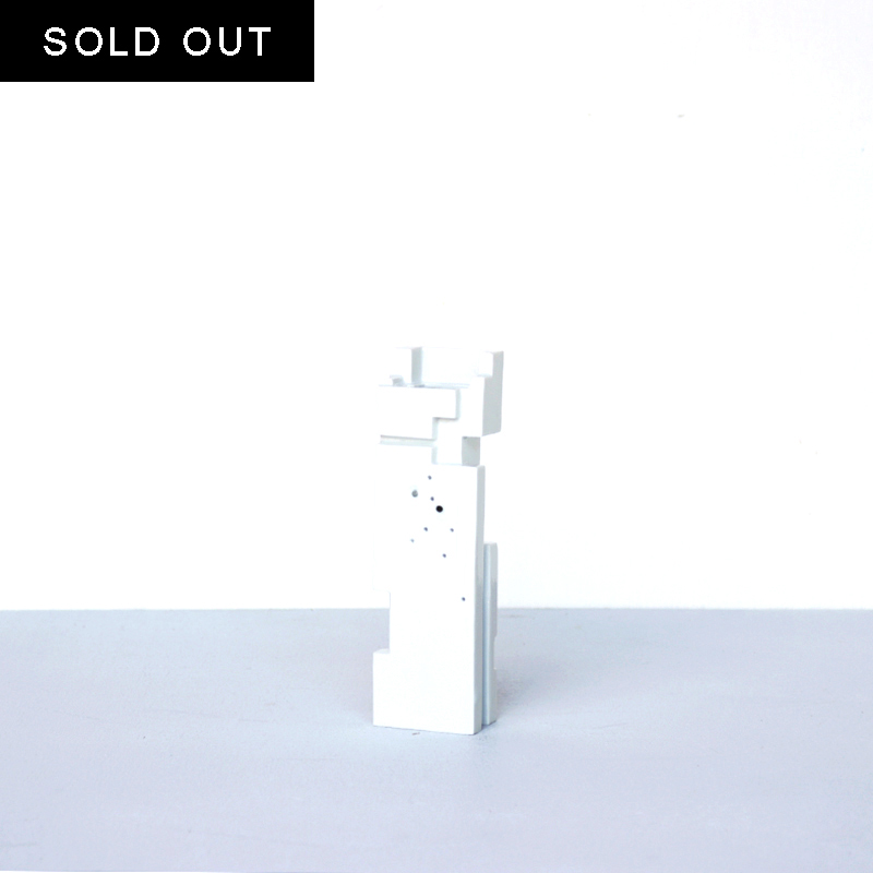 【SOLD OUT】 ArtWork Blue & White TOY 線蛍手