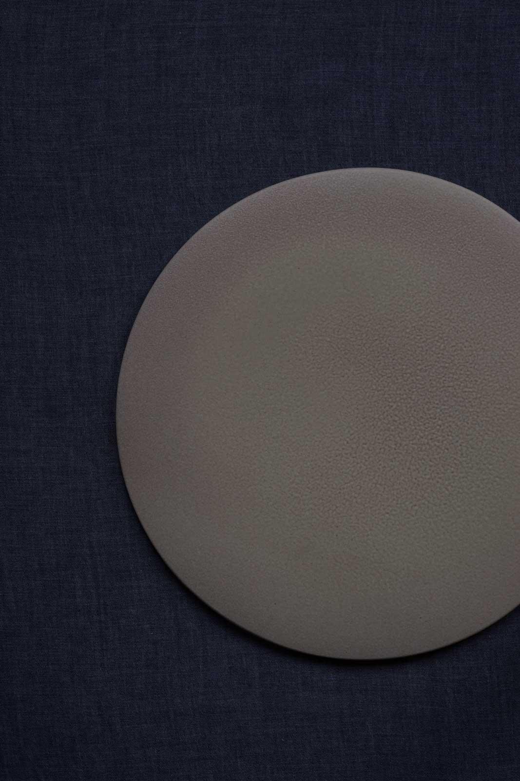 mushimeganebooks. / フラットプレート 28cm( white gray pink)