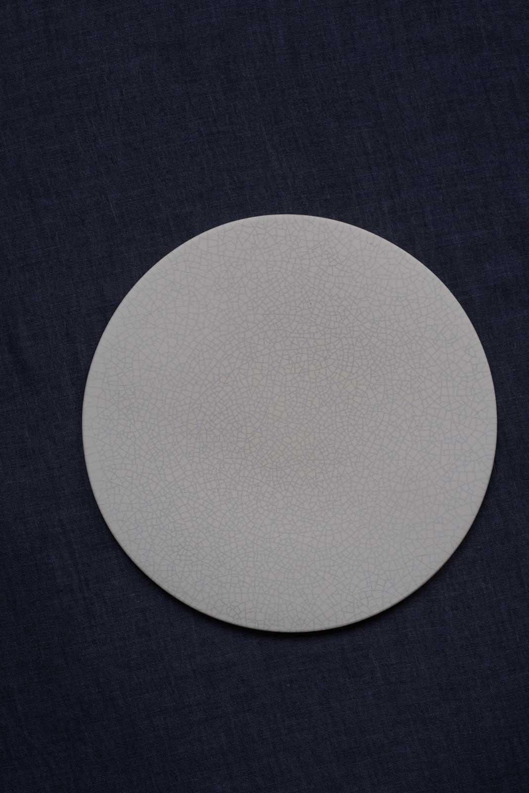 mushimeganebooks. / フラットプレート(23cm) (white *貫入)