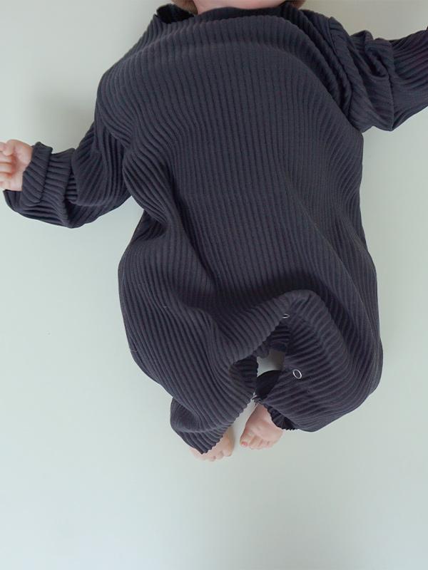 little ghost pleats suits