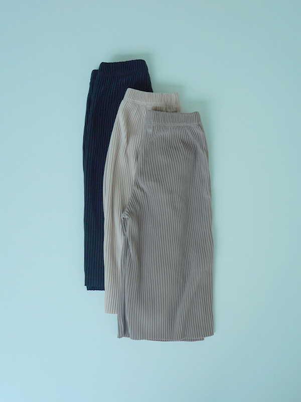 wafers pleats pant (and mom jogger pants)