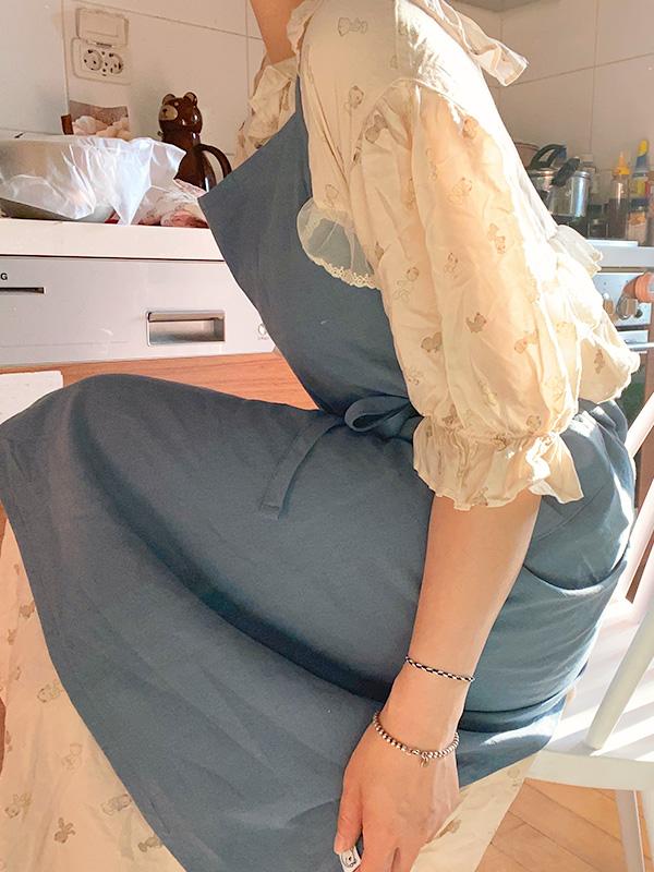 cous cous apron