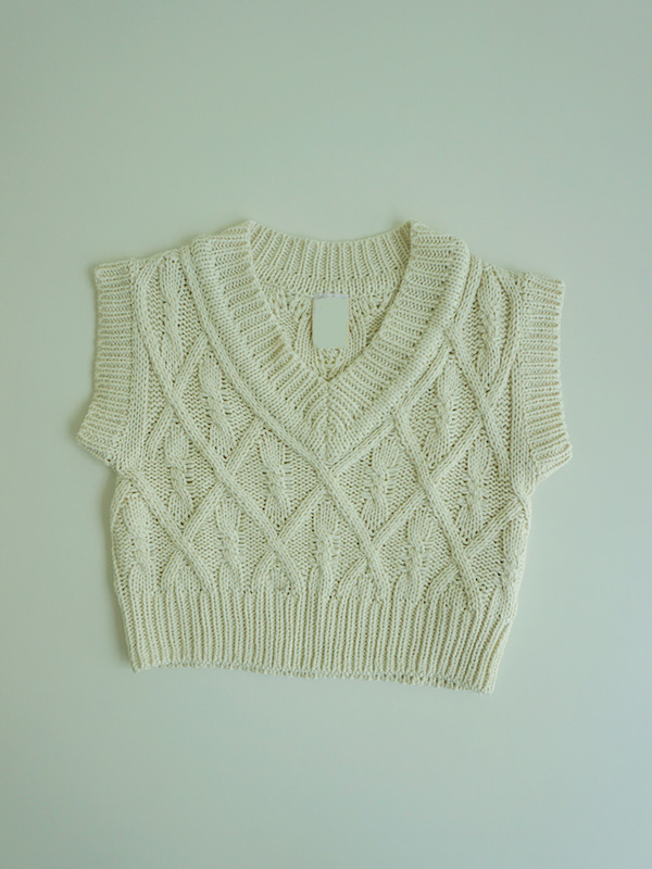 fromage knit vest