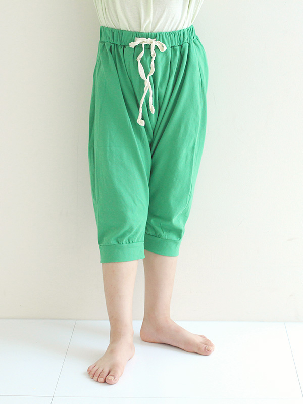 green peas ikasumi and oatmeal pants
