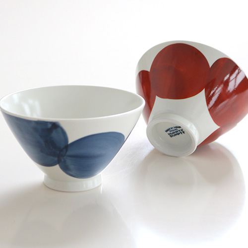 手描き丸紋茶碗 大