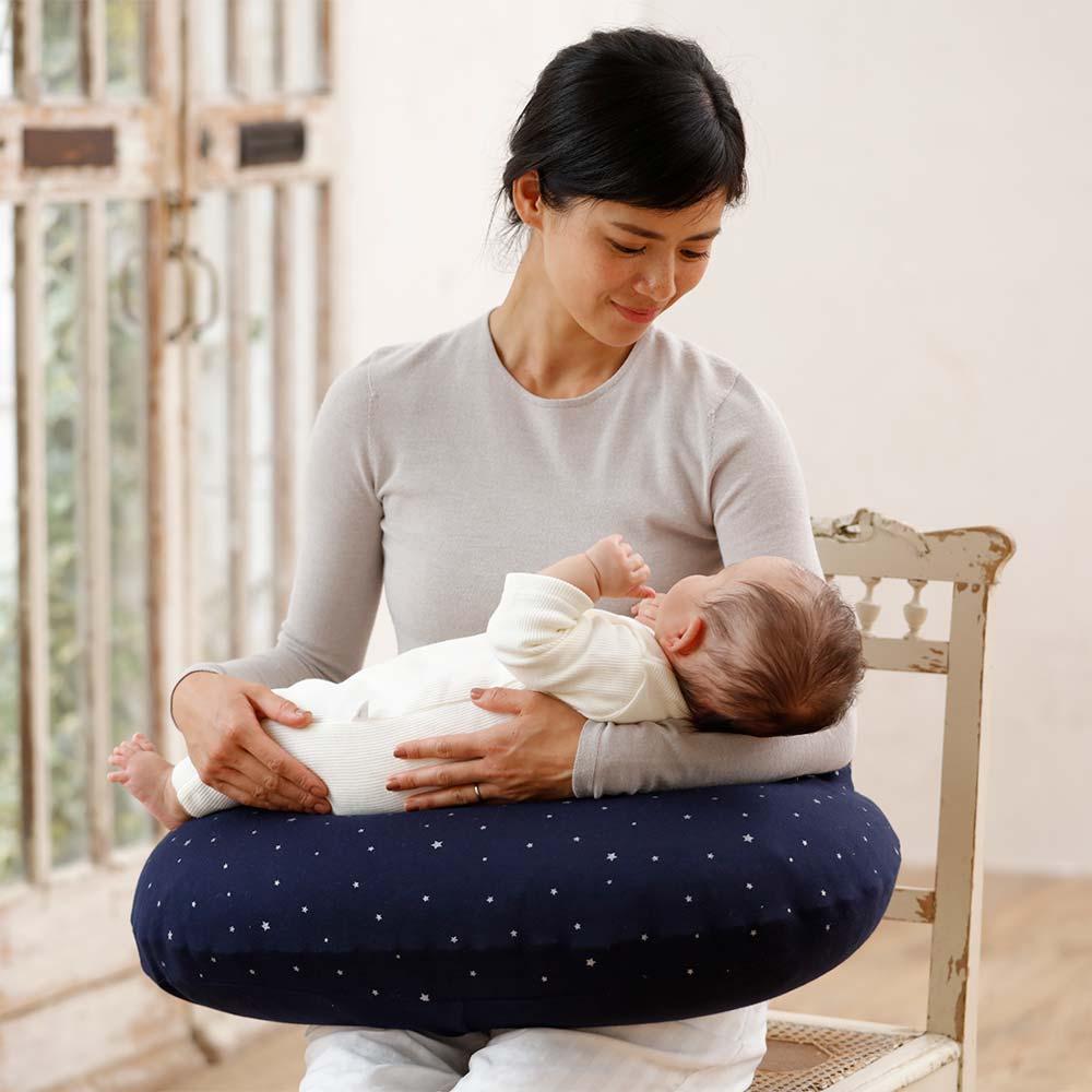 10mois pour maman AIR PUSHION 草花柄 ブルー