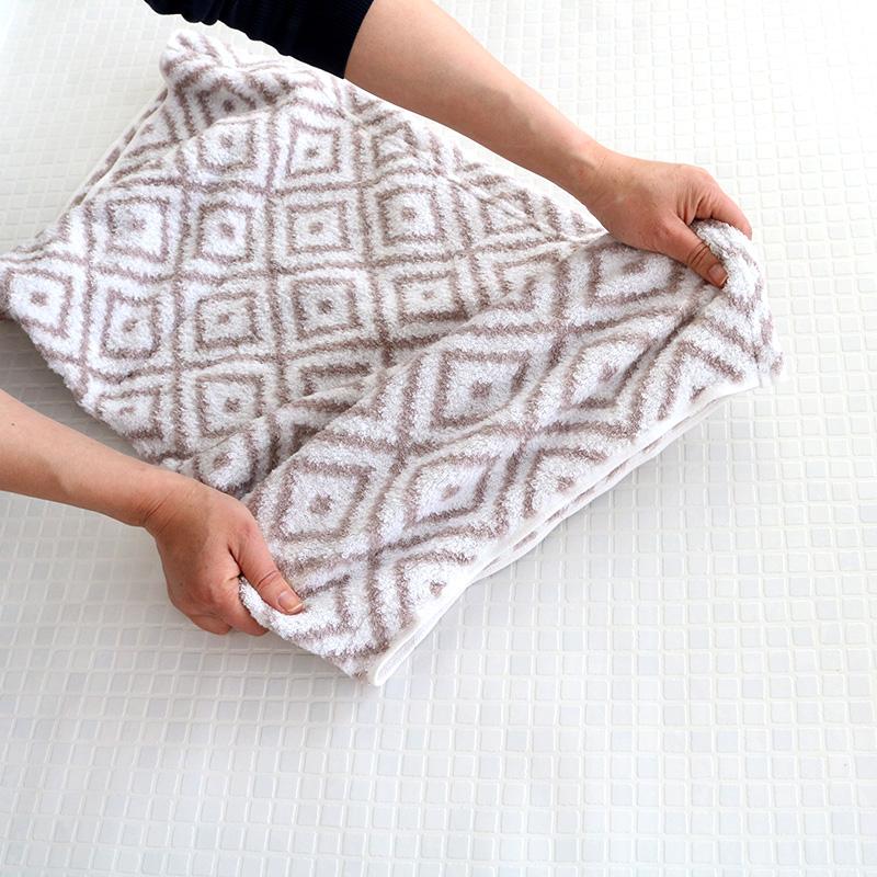 CUOL 枕カバーではじめるスキンケア幾何学 グレージュ