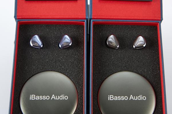 【工場再生品】iBasso Audio IT01S [ Smoke Grey ]