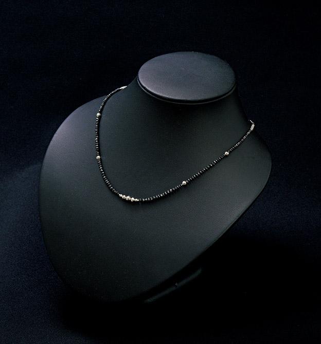 ブラックダイヤプレミアムネックレス