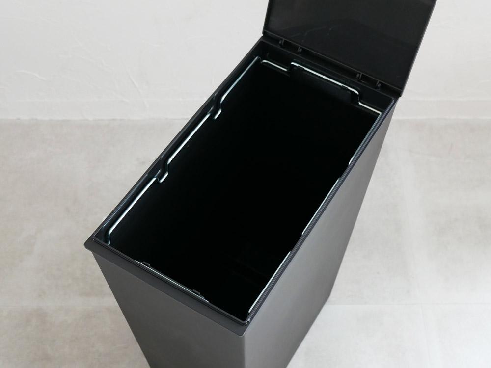 【kcud】SIMPLE スリム ブラック